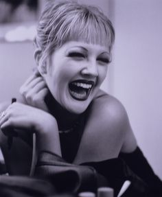 Drew Barrymore -=- What a Gorgeous Laugh ❤