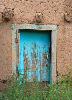 Turquoise Door by mj_picks, via Flickr