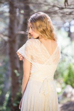 Brautkleider - Romantische Boho Spitze Hochzeitskleid, Brautkleid - ein Designerstück von Mimetik_Bcn bei DaWanda