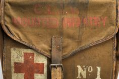 """★ Saddle bag first aid kit, England, """"Marked with the words """"Moun. Fallout New Vegas, Fallout 3, James Mcavoy, Claire Fraser, Jamie Fraser, Outlander, Laura Harrier, Science Museum London, Super Nana"""