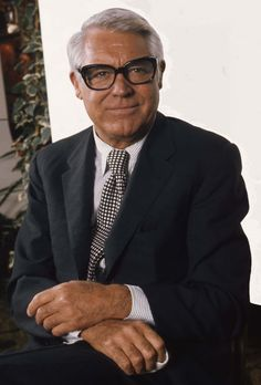 Google Image Result for http://upload.wikimedia.org/wikipedia/commons/5/56/Cary_Grant_in_glasses_Allan_Warren.jpg