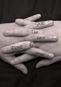 Coup de coeur pour cette idée de Save the Date simple et poétique !