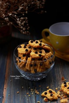 Catatan Dapur Vero: KUE KERING JERUK COKELAT KEPING Cake Cookies, Cupcake Cakes, Bolu Cake, Ranch Chicken, Food Plating, Food Styling, Cookie Recipes, Food Photography, Food And Drink
