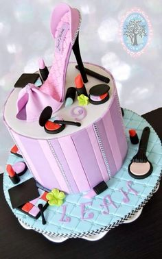 Makeup High heel shoe cake - Cake by Sugar Tree Cakerie Makeup Birthday Cakes, Girly Birthday Cakes, Shoe Template, Cake Templates, Shoe Cakes, Cupcake Cakes, Chocolates, Fondant, Bible Cake
