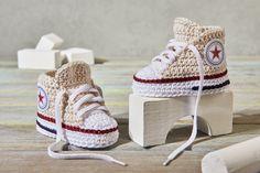 Strick- & Häkelschuhe - Baby Sneaker - Häkelschuhe - ein Designerstück von Stichtag bei DaWanda