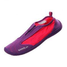 Disfruta del mar, de la alberca o de cualquier entrenamiento en el agua usando este calzado acuático #Speedo zipwalker 3.0. #Playa #Vacaciones
