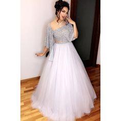 Snow White Look Indo-Western Lehenga Set Indian Wedding Gowns, Indian Gowns Dresses, Wedding Dresses, Designer Party Wear Dresses, Indian Designer Outfits, New Party Wear Dress, Lehnga Dress, Lehenga Choli, Net Lehenga