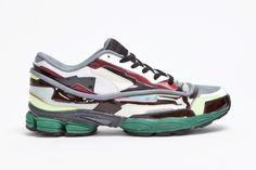 Raf Simons Panelled Running Shoe: #TSAMFW #1 http://losperrosnobailan.blogspot.com/2013/03/these-shoes-are-made-for-walking-1.html?spref=tw