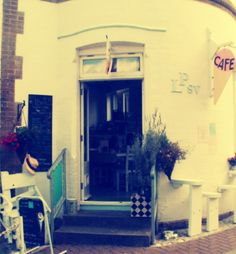 Cute Cafe/Ice cream parlour in Seaview Isle of Wight