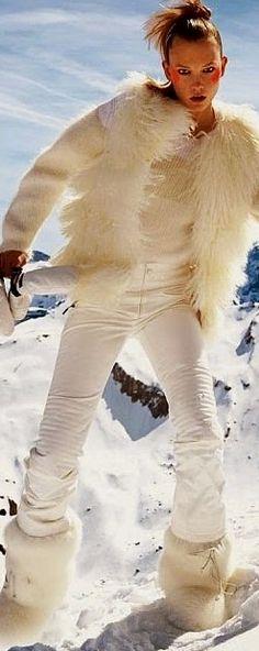 de blanco en las montañas frias