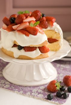 Can you image serving this Strawberry Shortcake and having my Strawberry Water Glasses for the drinks.  What an interesting and beautiful table this would make!!!