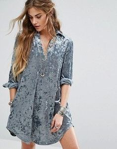 Buy Glamorous Relaxed Dress In Crushed Velvet at ASOS. With free delivery and return options (Ts&Cs apply), online shopping has never been so easy. Get the latest trends with ASOS now. Mode Outfits, Short Outfits, Short Dresses, Asos, Hijab Fashion, Fashion Outfits, Womens Fashion, Hijab Stile, Velvet Shorts
