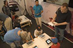 29/05/16. La tecnología y la innovación al servicio de la enseñanza, el aprendizaje y el ocio familiar en el Pabellón SAMSUNG en la FLM16.  Foto © Jorge Aparicio/ FLM16