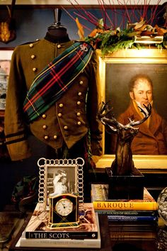 Today, April is National Tartan Day, a day for Scottish Americans to celebrate their history and contributions to the USA. National Tartan Day, Tweed, Style Anglais, Steampunk, Tartan Christmas, Christmas Ideas, Christmas Decorations, Ralph Lauren, Scottish Tartans
