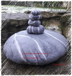 Yoga & Meditationskissen, Relaxe Stone Kiesel, gefilztes Kissen, Filzen, Merinowolle, Kieselstein, Yoga, Hand Crafts, Felting, Nice Asses