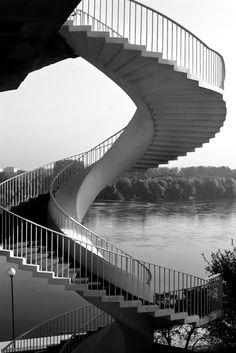 fotografia - małgorzata maik: z Dorotą na moście