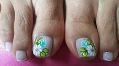 Uñas Cute Pedicures, Magic Nails, Nail Decorations, Toe Nails, Manicure, Hair Beauty, Lily, Nail Art, Triangles