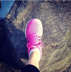 Pink Nikes. #100thingsiCRAVE #style