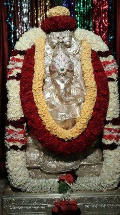 Sri Ganesh, Lord Ganesha, Devon Ke Dev Mahadev, Lord Murugan, Ganesha Painting, Buddha Meditation, God Pictures, Deities, Shiva