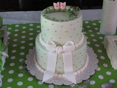 two peas in a pod baby shower cake | Johnson Twin Girls: Two peas in a pod...