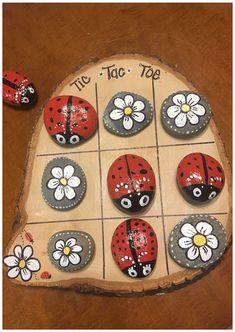 Rock Painting Patterns, Rock Painting Ideas Easy, Rock Painting Designs, Rock Painting Kids, Tic Tac Toe, Pebble Painting, Pebble Art, Stone Painting, Painting Art