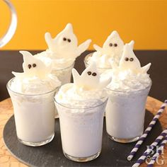 Searching for a spooky sip to serve at your Halloween bash? Try this festive vodka cocktail, complete with a chocolate ghost garnish.