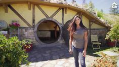 This Hobbit House Will Have You Dreaming of Middle-Earth Calling all 'Lord of the Rings' fans! You can spend the night in a real-life hobbit hole. Tiny House Cabin, Tiny House Living, Tiny House Design, My House, Casa Dos Hobbits, Middle Earth, The Hobbit, My Dream Home, Future House