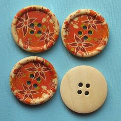 6 Large Wood Buttons Floral Design 30mm