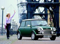 Classic Mini Cooper, I always wanted a racing green coloured Mini Mini Cooper Classic, Classic Mini, Old Mini Cooper, Rover Mini Cooper, Classic Cars, Mini Morris, My Dream Car, Dream Cars, Mini Cooper Wallpaper