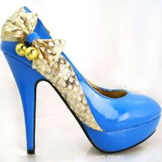 Blue heels image,moda,style, fashion, high heels, image, photo, pic, pumps, shoes, stiletto, women shoes http://www.womans-heaven.com/blue-heels-image-19/