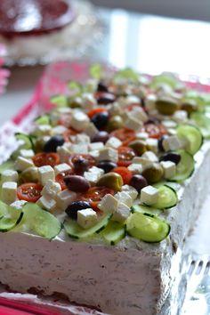 tzazikivoileipakakku tzatziki sandwich cake