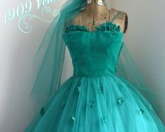1950's Prom dress green Velvet tulle 1909Ventilo