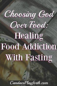 Choosing God Over Food : Do you feel completely out of control with food? Read this! Choosing God Over Food: Healing food addiction with faith and fasting. Find healing and start making healthy food choices today. Clean Eating Challenge, Prayer And Fasting, Neuer Job, Healthy Food Choices, Healthy Foods, Healthy Eating, Healthy Options, Nutritious Meals, Healthy Habits