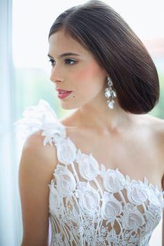 Wedding dress# bridal spring 2015# bridal hair# tulip# lace