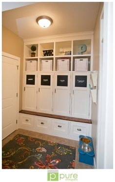Mudroom with Chalkboard contact paper for names. Love how its all closed up. Doesn't look cluttered! Pictures For Kitchen Walls, Wall Pictures, Armoire Entree, Home Lockers, Mudroom Cubbies, Kids Locker, Cupboard Doors, Entryway Cabinet, Home Organization