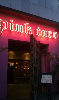 Pink Taco Restaurant In Los Angeles California Usa Best Mexican Restaurants
