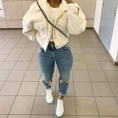 Mode inspo – me❤ bebeen Cozy Cropped Coat # Casual Outfits baddie winter me❤ bebeen Cozy Cropped Coat 18 Photos Cute Swag Outfits, Chill Outfits, Cute Comfy Outfits, Dope Outfits, Stylish Outfits, Girly Outfits, Winter Outfits For Teen Girls, Winter Fashion Outfits, Cosy Winter Outfits