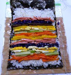 예쁜 봄 소풍 도시락 메뉴 회오리 김밥 만드는 방법 Korean Diet, Korean Food, K Food, Food Menu, Asian Recipes, Healthy Recipes, Ethnic Recipes, Asian Foods, Aesthetic Food
