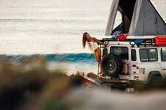 Land Rover Defender 110 Camper close to sea.I love woman in Defender Life… Landrover Defender, Land Rover Defender Camping, Defender Td5, Dodge Ram Van, Surf Shack, Adventure Awaits, Adventure Travel, Travel Trip, Into The Wild