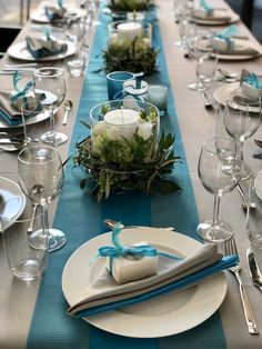 Confirmation Sebastian - New Ideas Teal And Grey Wedding, Wooden House Decoration, Ostern Party, Silver Table, Wedding Decorations, Table Decorations, Napkin Folding, Dinner Sets, Deco Table