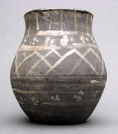 Reproduction Viking mug, decorated pottery, glazed inside. Copy from Birka. Height 12cm. #birka #norse #mug