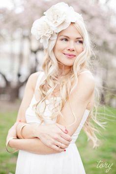 Kır Düğünü Gelinlik Saç Modelleri