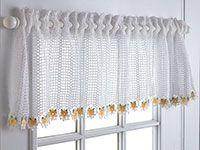 Daisy Valance size 10 crochet thread Free pattern from talking crochet