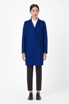 Crossover wool coat, COS, 175 euros