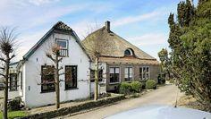Te koop aan de Julianastraat 2 - 4 in Avenhorn. Woonboerderij / Stolp met 9 kamers aan de Julianastraat 2 - 4 - Klaver Makelaardij
