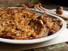 L'arrosto al latte con le noci è un secondo piatto molto delicato preparato con del magatello. E' ottimo accompagnato con del puré.
