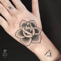 Today's #rose # #tattoo #avivrotshas #springtattoo Posted at http://springtattoo.com/eng/daily-tattoos-and-news/