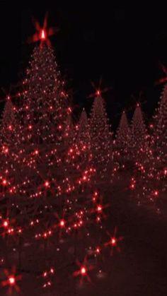 Choose the animated Christmas image of your choice - Feliz Natal 1609 Christmas Scenes, Noel Christmas, Christmas Greetings, All Things Christmas, Winter Christmas, Vintage Christmas, Christmas Light Show, Wallpaper Natal, Diy Weihnachten