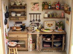 Miniature Dollhouse Kitchen RoomBox Old Style Fully Vitrine Miniature, Miniature Dollhouse Furniture, Miniature Rooms, Miniature Kitchen, Miniature Crafts, Miniature Houses, Dollhouse Miniatures, Victorian Kitchen, My Doll House