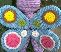 Free amigurumi pattern - I really love this amigurumi butterfly. very simple and easy. about 16 cm tall. Crochet Butterfly Pattern, Crochet Doll Pattern, Easy Crochet Patterns, Crochet Designs, Crochet Dolls, Knitting Patterns Free, Crochet Baby Toys, Crochet Amigurumi, Crochet Bear